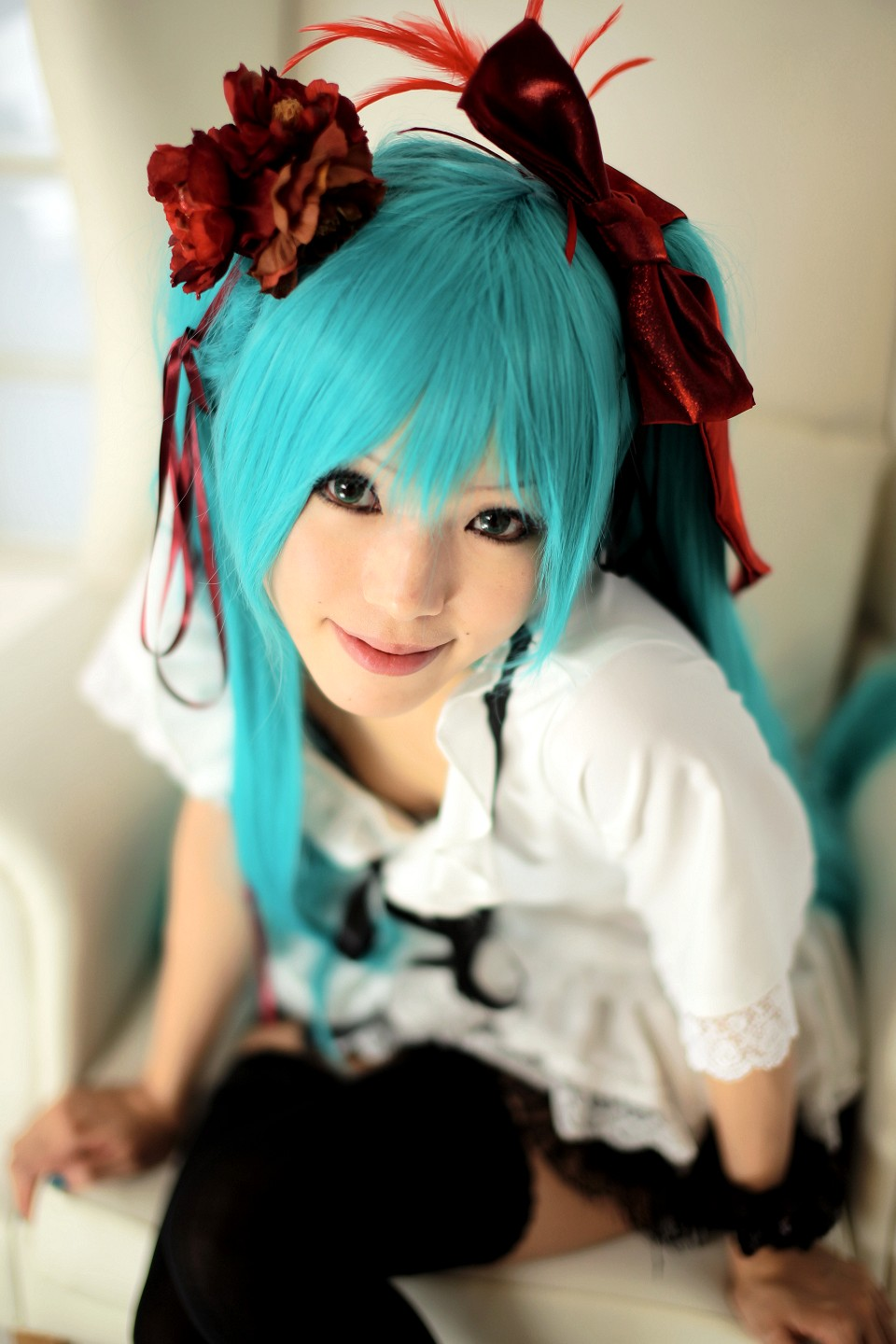 image Cosplay vocaloid hatsune miku spoiling her fans