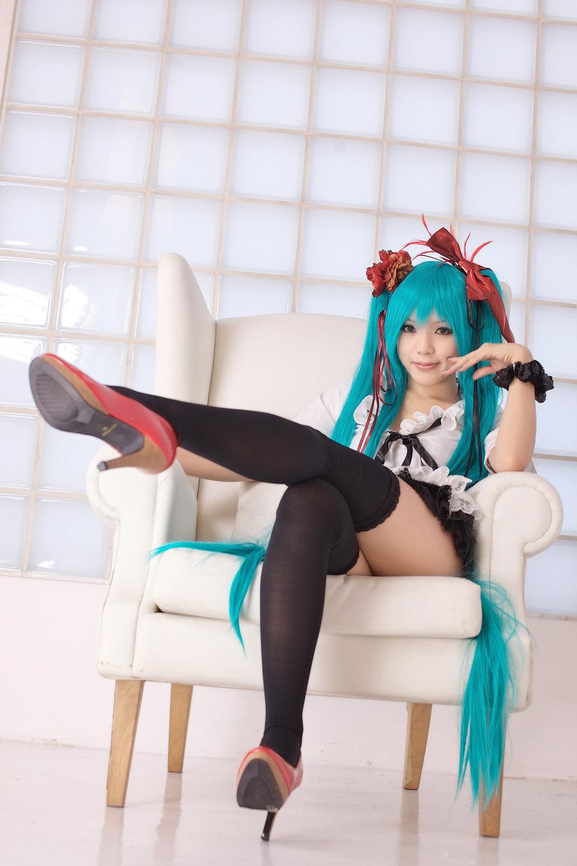 Kipi Cosplay Miku-mine-is-world-cosplay-by-kipi-8
